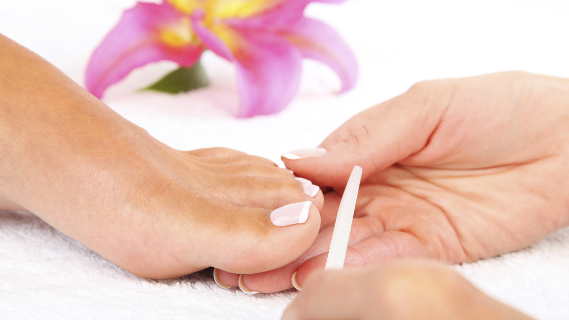 GELeration File and Polish – Toes