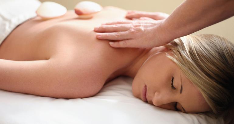 Lava Relax Massage 75 mins