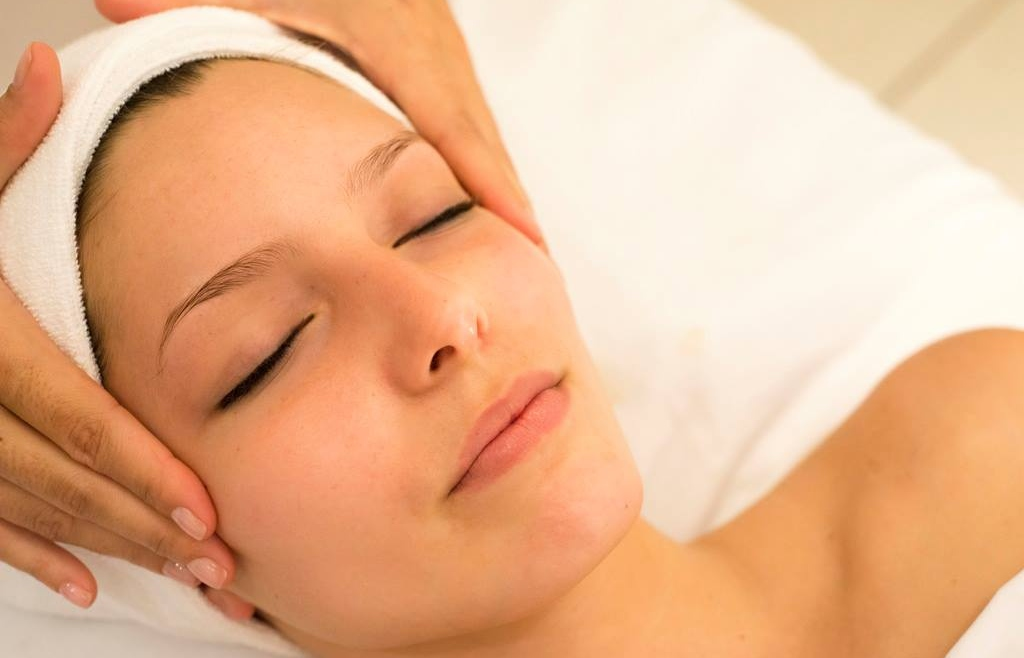 Achieve the skin you want this Christmas with k:SPA Facials